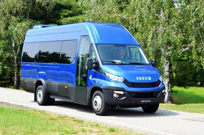 Автобус Iveco Daily